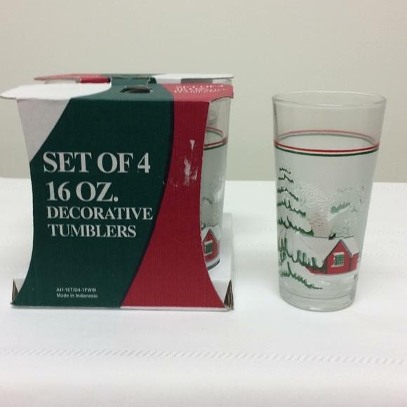 Set of 4 Decorative Christmas/Winter Scene Glasses